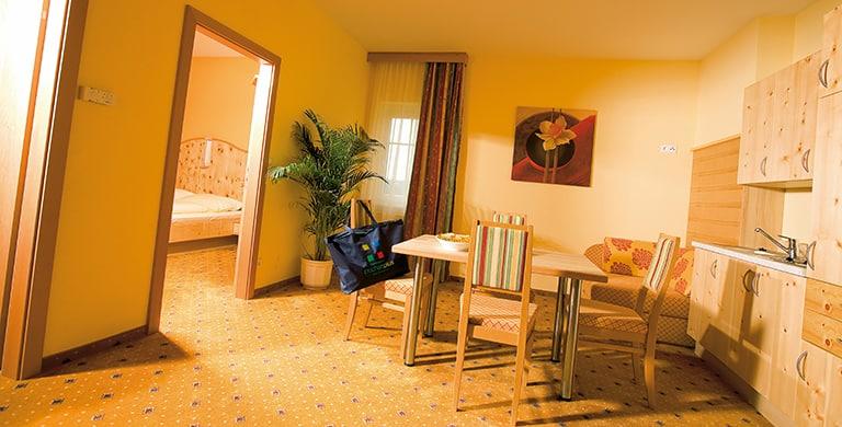 ferien-apartment-zirbe-thermehotel-puchasplus2