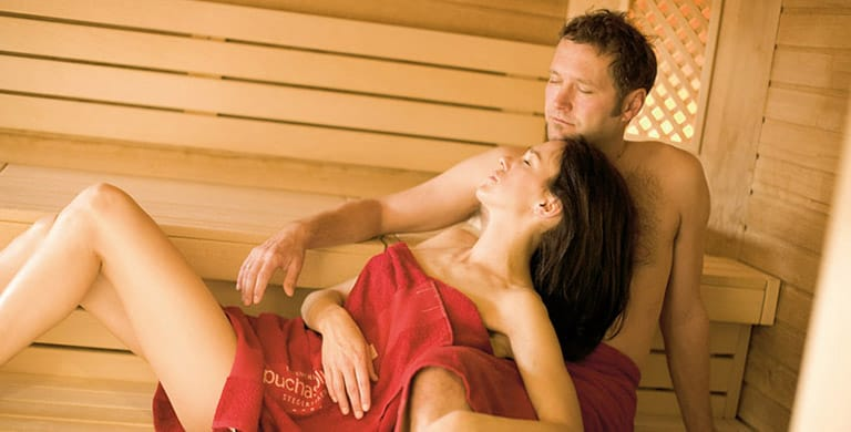 sauna-holzsauna-thermenhotel